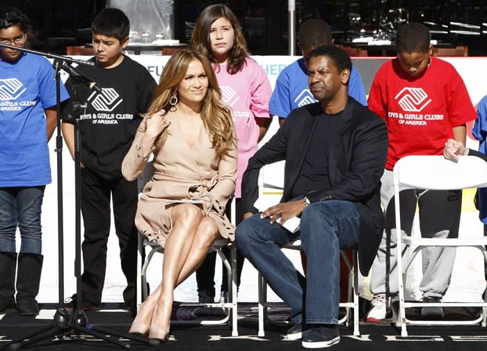 Jennifer Lopez and Denzel Washington pose for the cameras at the Boys & Girls Clubs of America event held at the Nokia Theatre LA LIVE on November 30, 2010