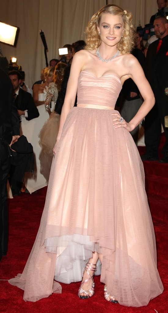 """Jessica Stam in Tommy Hilfiger attends the """"Alexander McQueen: Savage Beauty"""" Costume Institute Gala"""