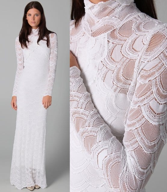 Bella swan 39 s wedding dress now available for purchase for Kelly clarkson wedding dress replica