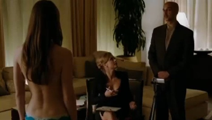 Melissa Benoist poses nude in the second episode of the first season of Homeland