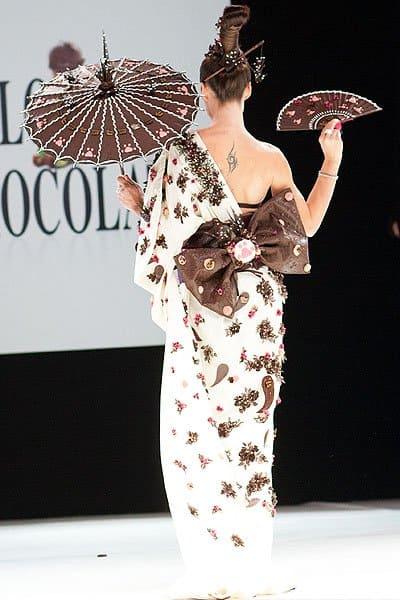 Chocolate parasol, fan and Kimono obi bow
