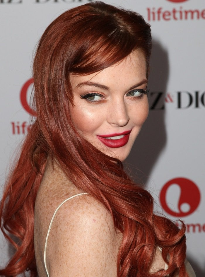 Lindsay Lohan knows that she looks best as a redhead