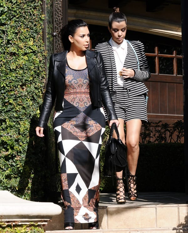 Kim Kardashian, Kourtney Kardashian and Kris Jenner out shopping
