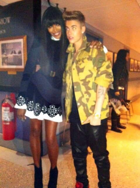 Naomi Campbell with Justin Bieber Backstage Late Night with Jimmy Fallon