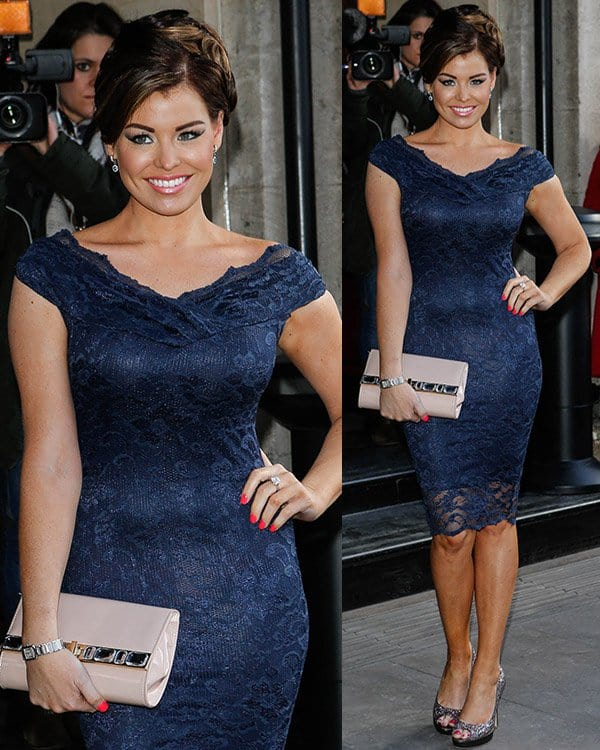 Jessica Wright's curves in body-hugging lace dress