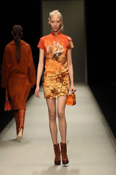 Jessica Alba Wears Cobalt Shiatzy Chen Cheongsam Dress
