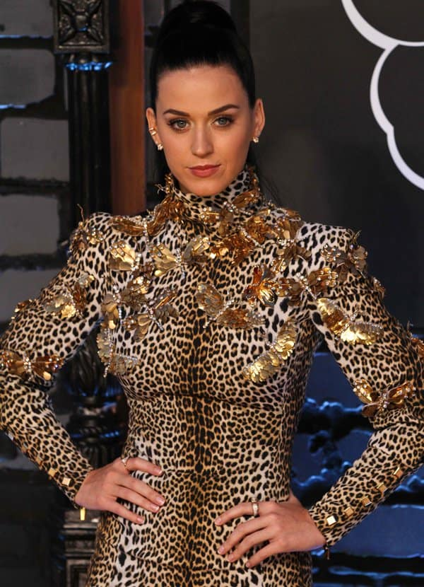 Katy Perry at the 2013 MTV Music Awards held at the Barclays Center