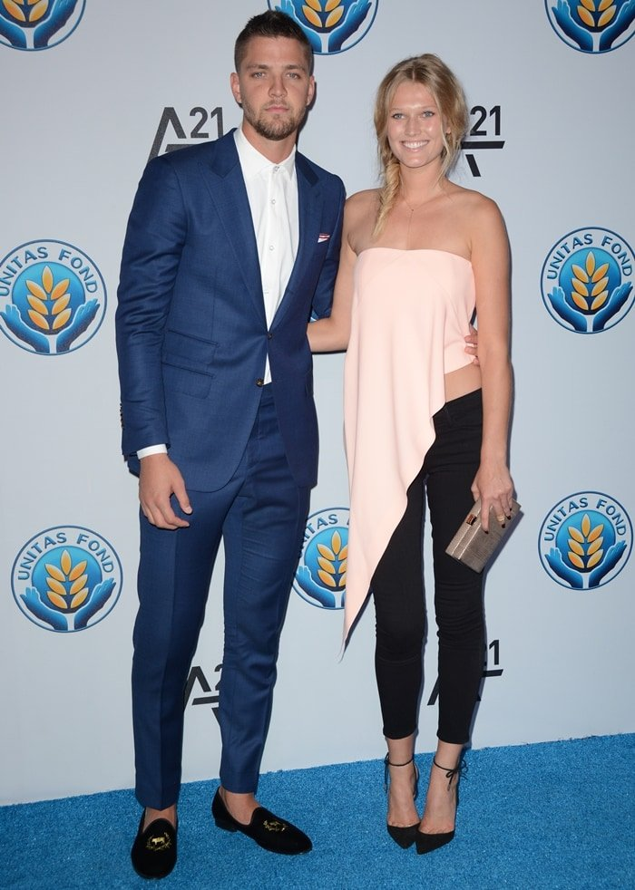 Toni Garrn and her new boyfriend Chandler Parsons made their debut as a couple at the Unitas Gala Against Sex Trafficking