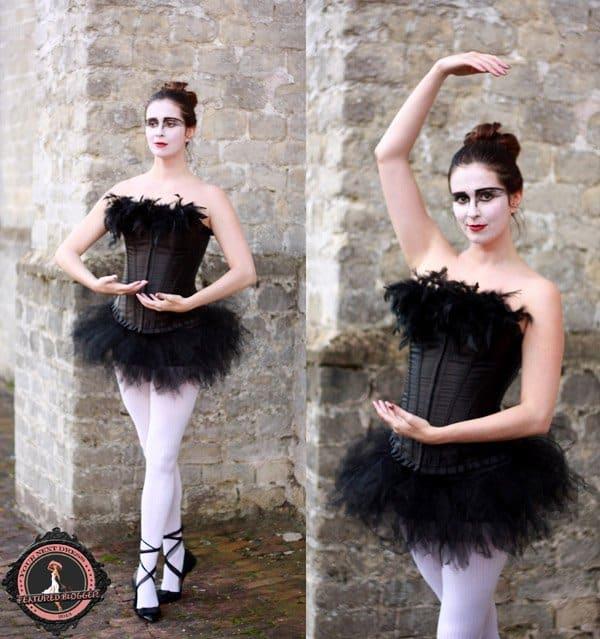 Annebeth dressed as a black swan