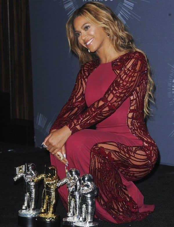 2014 MTV Video Music Awards Press Room