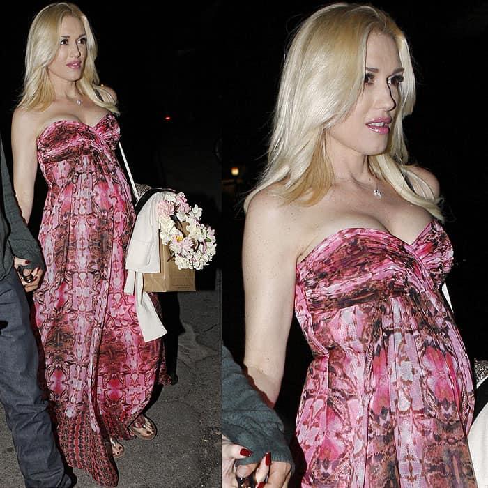 Gwen Stefani pink dress baby bump