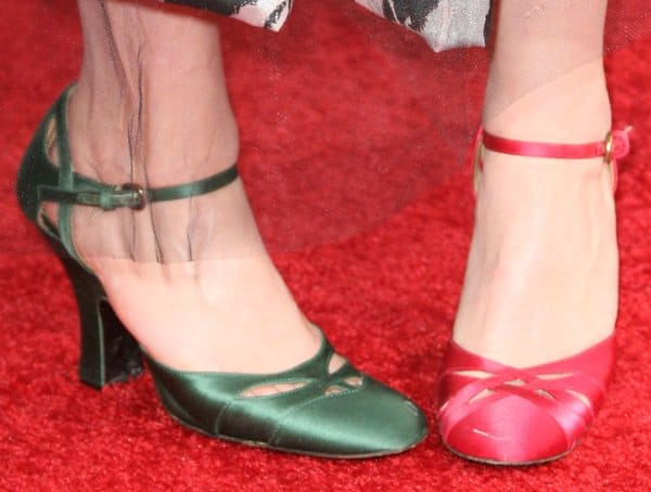 Helena Bonham Carter wearing mismatched shoes on the red carpet
