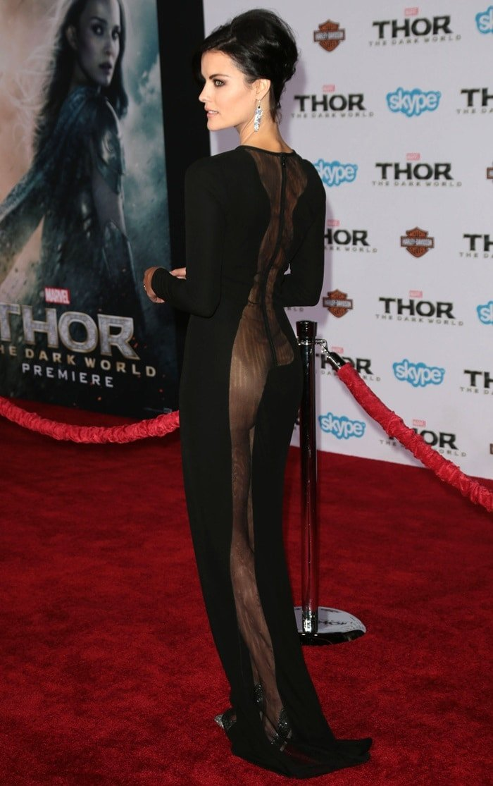 Ladies, would you wear this: Actress, Jaimie Alexander