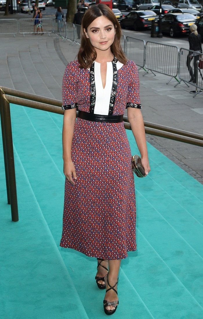Short actress Jenna Coleman, who measures 5ft 2 (157.5 cm), wore a Louis Vuitton floral print dress to the V&A Summer Party