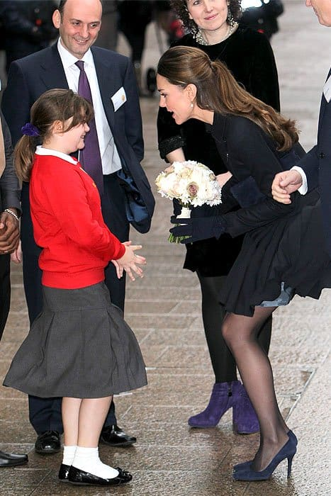 Kate Middleton skirt flies up
