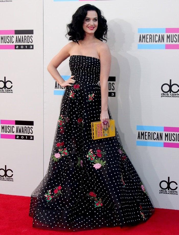 Katy Perry's dotted Oscar de la Renta Spring 2014 sheer tulle gown