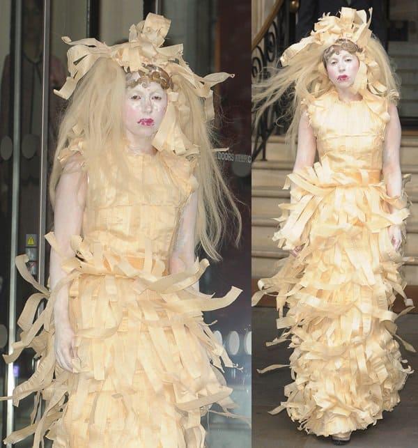 Lady Gaga leaves her hotel