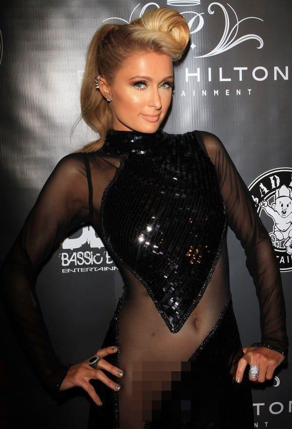 Paris-Hilton-Commando-Dress
