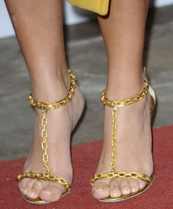 Kim Kardashian wearing Tom Ford gold chian heels