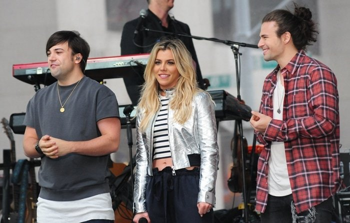 The Band Perry siblings are not related to Katy Perry or Journey's Steve Perry