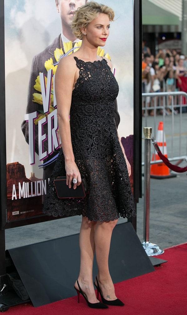 Charlize Theron Raffia Dress3