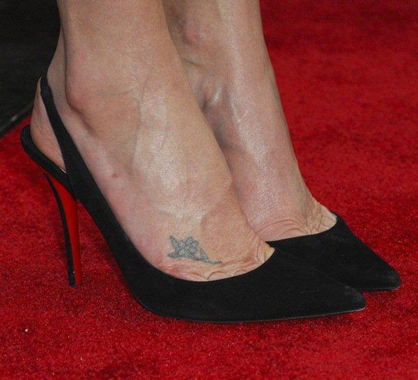 Charlize Theron Raffia Dress6