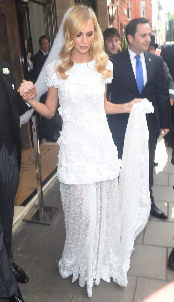 Poppy Delevingne Wedding2
