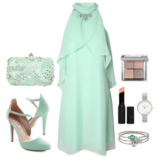 Stunning mint-green-on-mint-green outfit