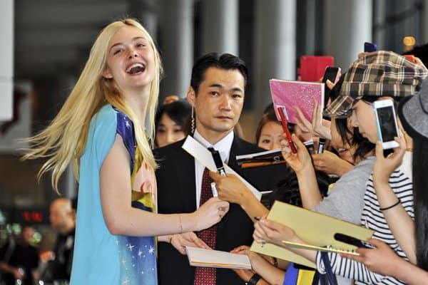 Elle Fanning arrives in Japan