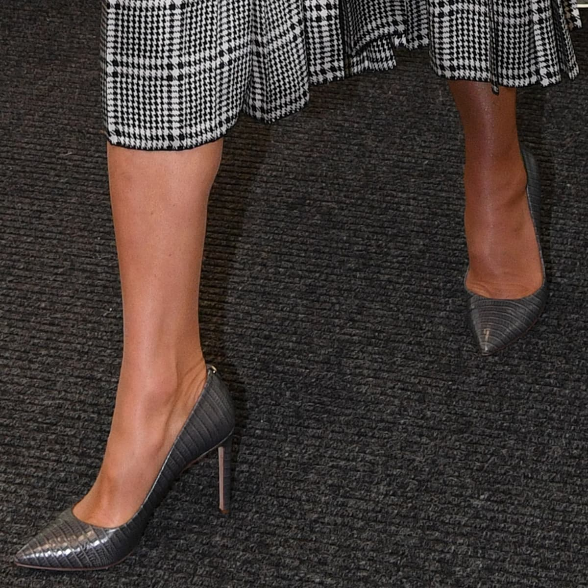 Kate Middleton shows off her feet in embossed Hugo Boss pointy-toe pumps