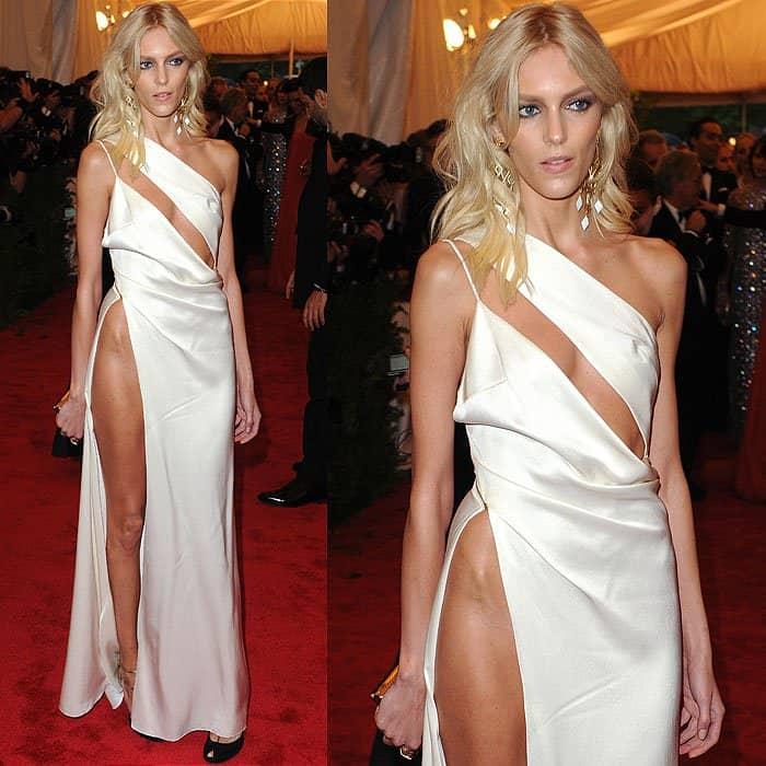 Anja Rubik pelvic bone dress