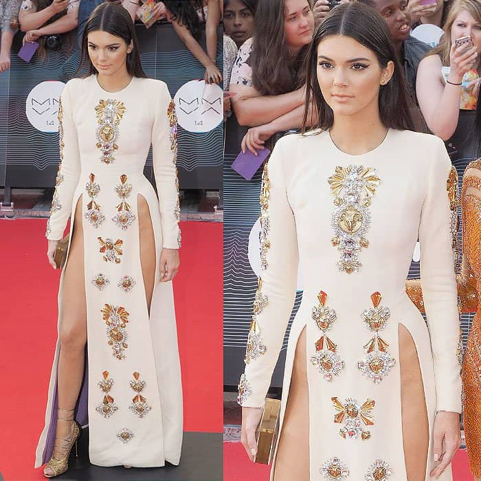 Kendall Jenner's pelvic bone cleavage at the 2014 MuchMusic Video Awards