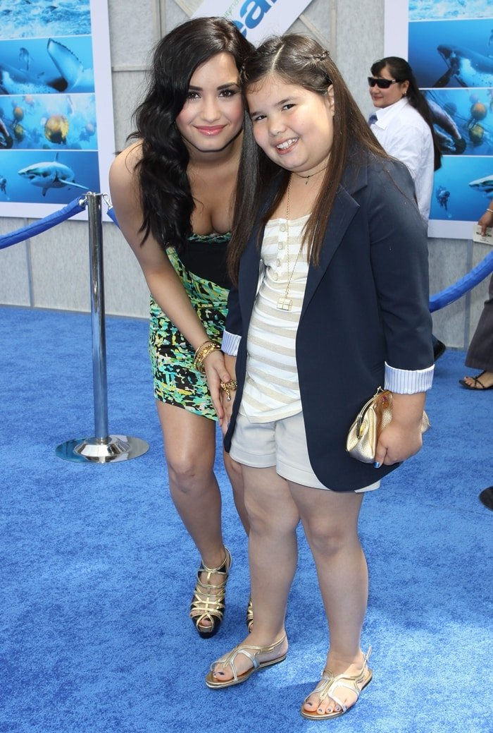 Demi Lovato and her younger maternal half-sister, actress Madison De La Garza