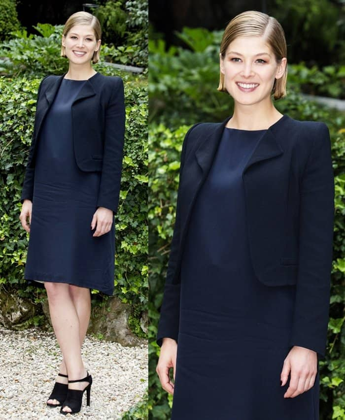 Rosamund Pike flaunts her legs at the Gone Girl photocall held at Hotel de Russie in Rome