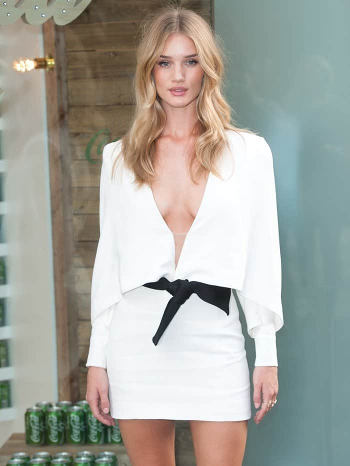 White Dress Rosie Huntington-Whiteley3