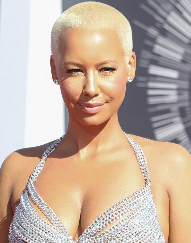 Amber Rose wearing a ridiculous chain dress