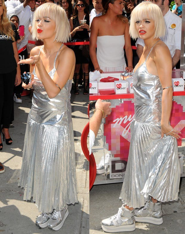 Rita Ora'soutfit made uscrave a tinfoil-wrapped burrito