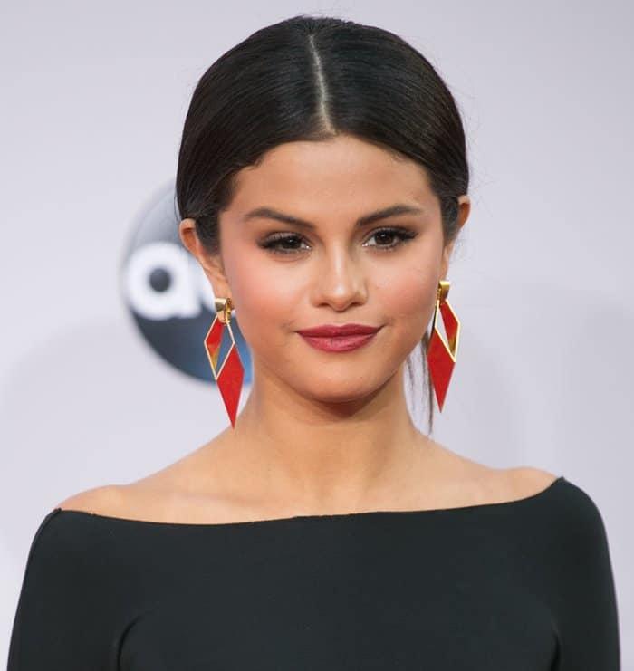 AMAs 2014 Selena Gomez4