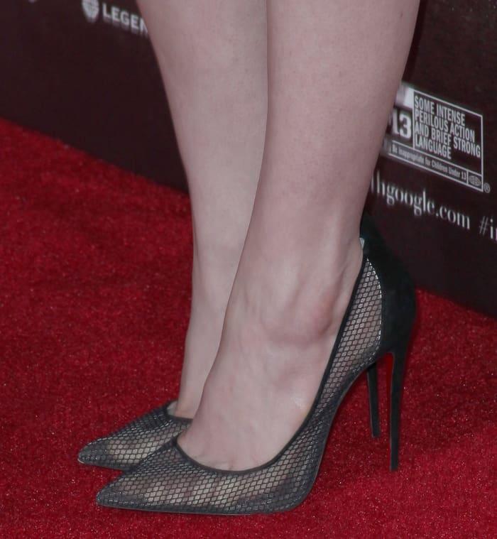 Anne Hathaway In Unflattering Rodarte Dress At