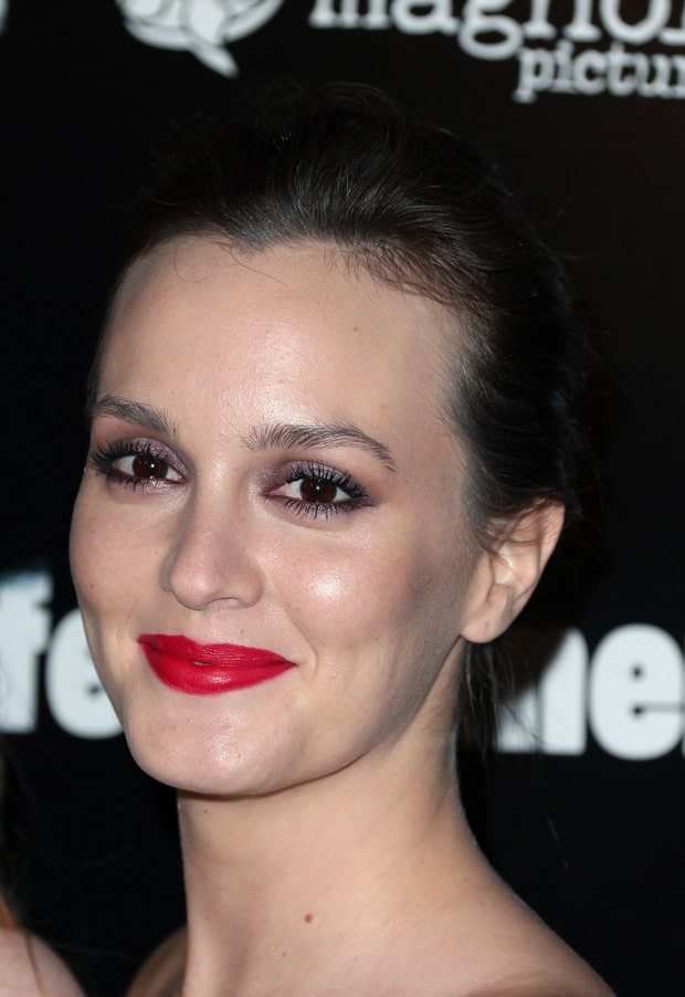 Leighton Meester chose to wear her hair pulled back