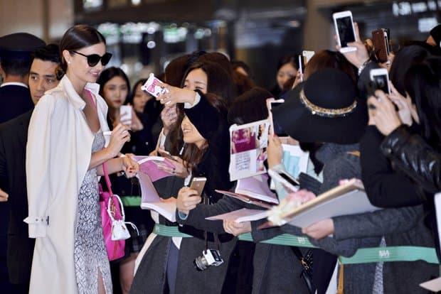 Miranda Kerr arrives at Narita International Airport