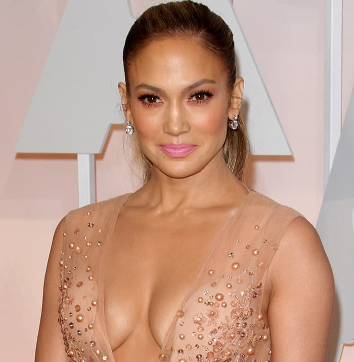 Jennifer Lopez flaunting her sexy cleavage in Elie Saab