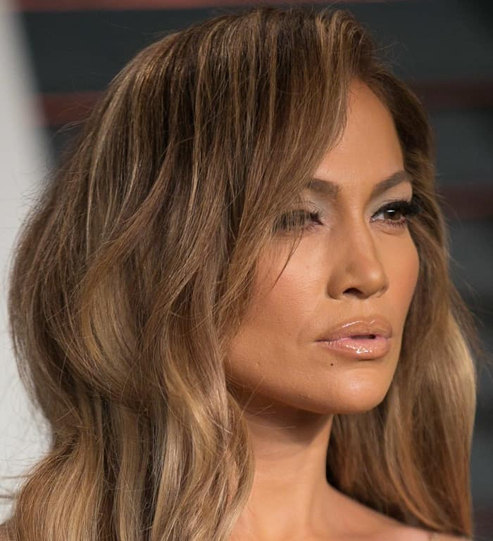 Jennifer Lopez making another silly face