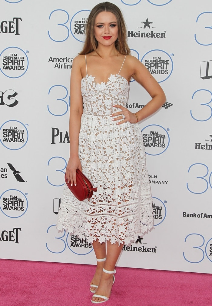 Kristina Bazan looked stunning in her breezy lace dress
