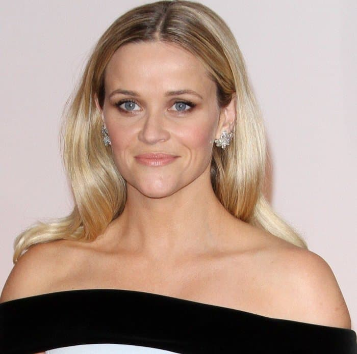 Reese Witherspoon shows off her Tiffany & Co. diamond jewelry