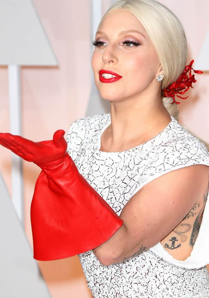 Lady Gaga Worst Dressed 2015 2