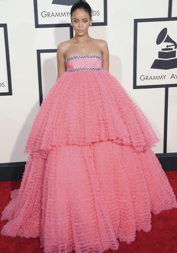 Rihanna Worst Dressed 2015 2