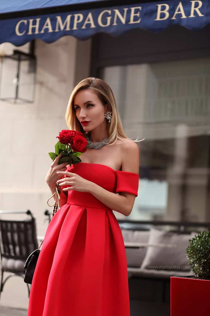Silvia stuns in her flirty red dress