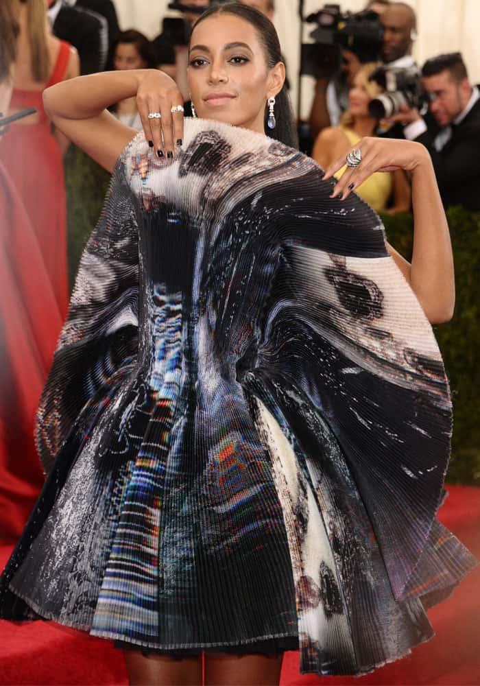 Solange Knowles Worst Dressed 2015 2
