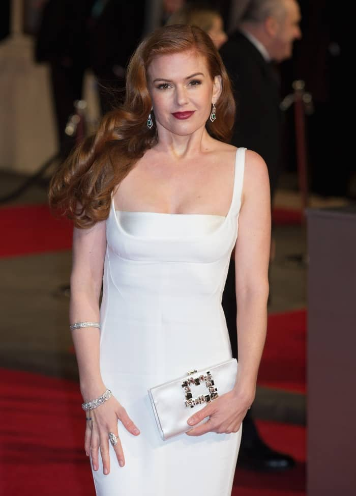 Isla Fisher Stella McCartney White Gown BAFTAs 2016 2